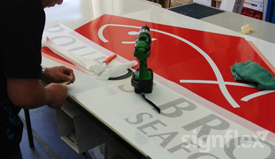 signage-manufacturing
