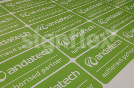 Custom-Labels-and-stickers3