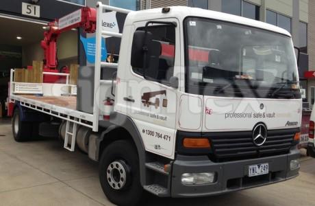 vehicle-graphics-truck