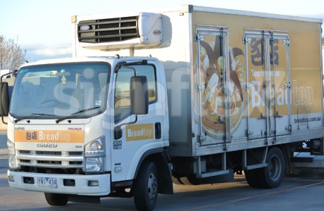 vehicle-graphics-truckwrap